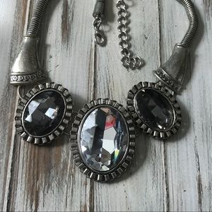 Jewelry - Large rhinestone statement necklace in silver